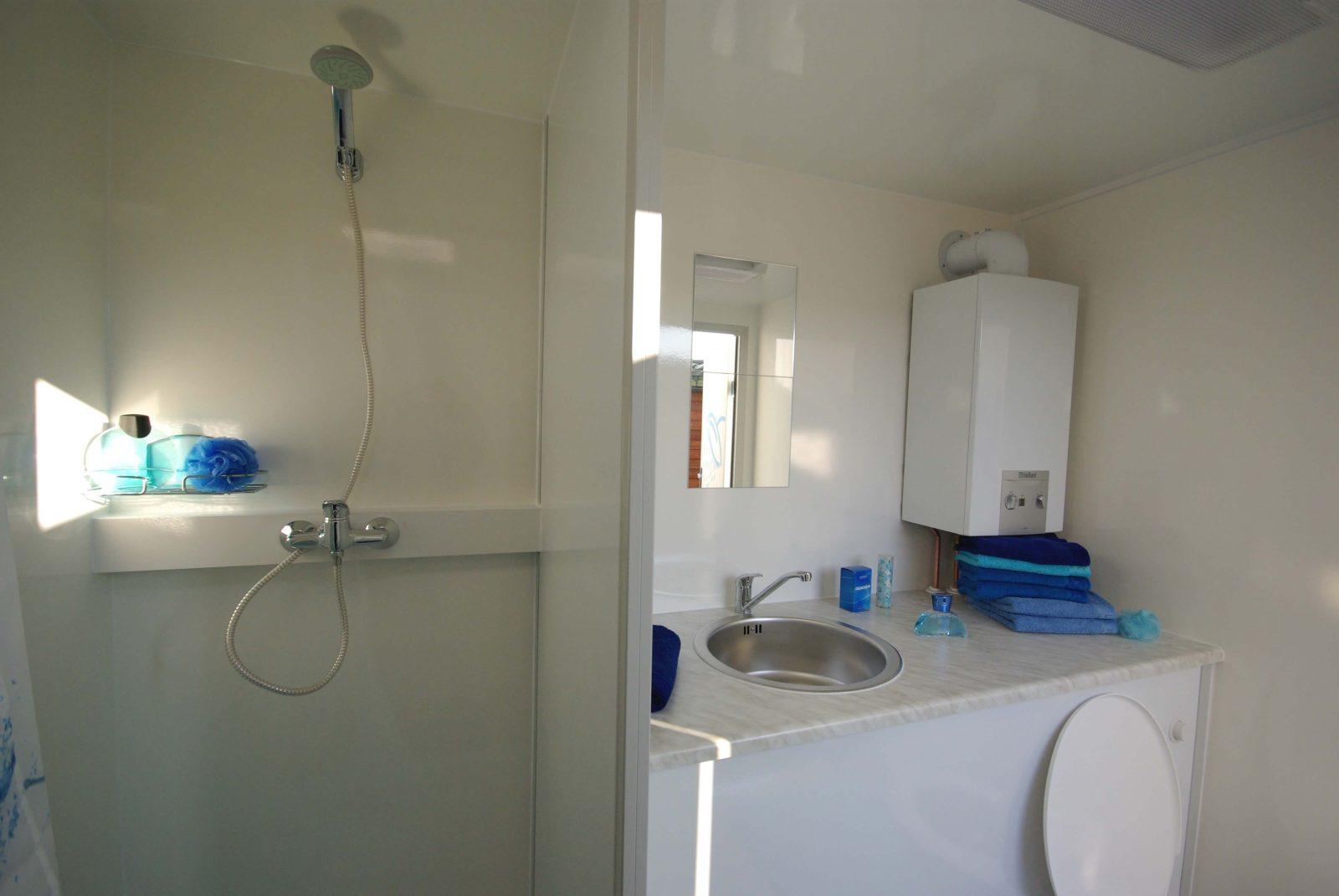 Camp Let Huren Privé Sanitair Binnenkant